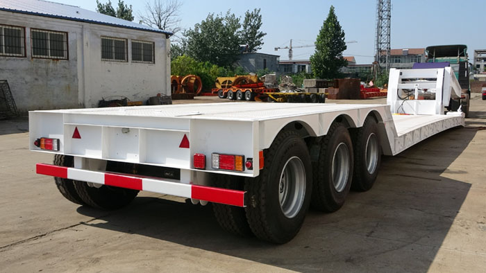 TITAN Hydraulic removable detahcable gooseneck lowloader lowbed trailer with 60 ton 80 ton capacity  (2).jpg